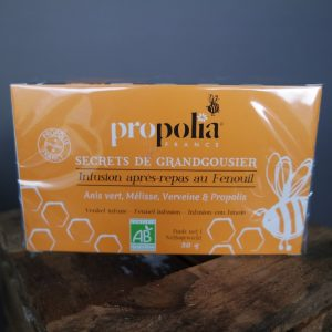 Propolia thee